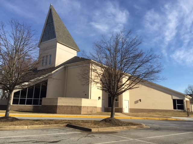 Largo Community Church exterior 2.jpg