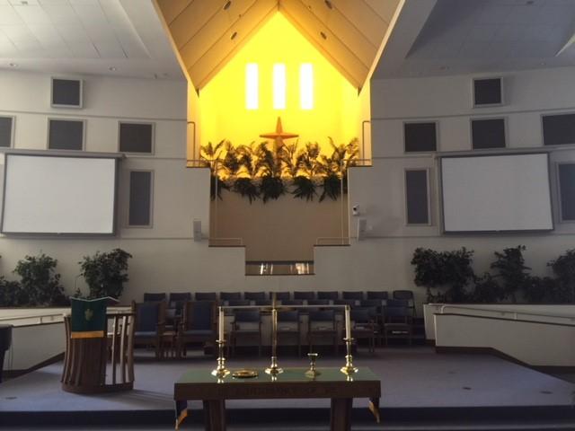 Largo Community Church interior 1.jpg