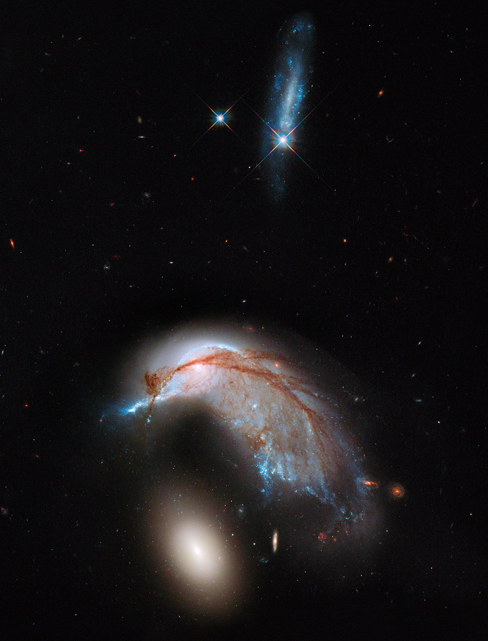 756581main_hubble_colliding_galaxies_full_full.jpg