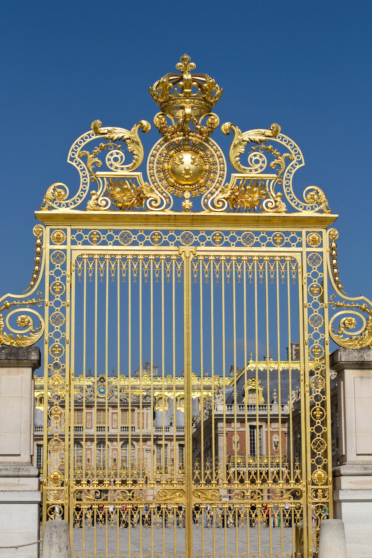 Versailles by Charuk Studios