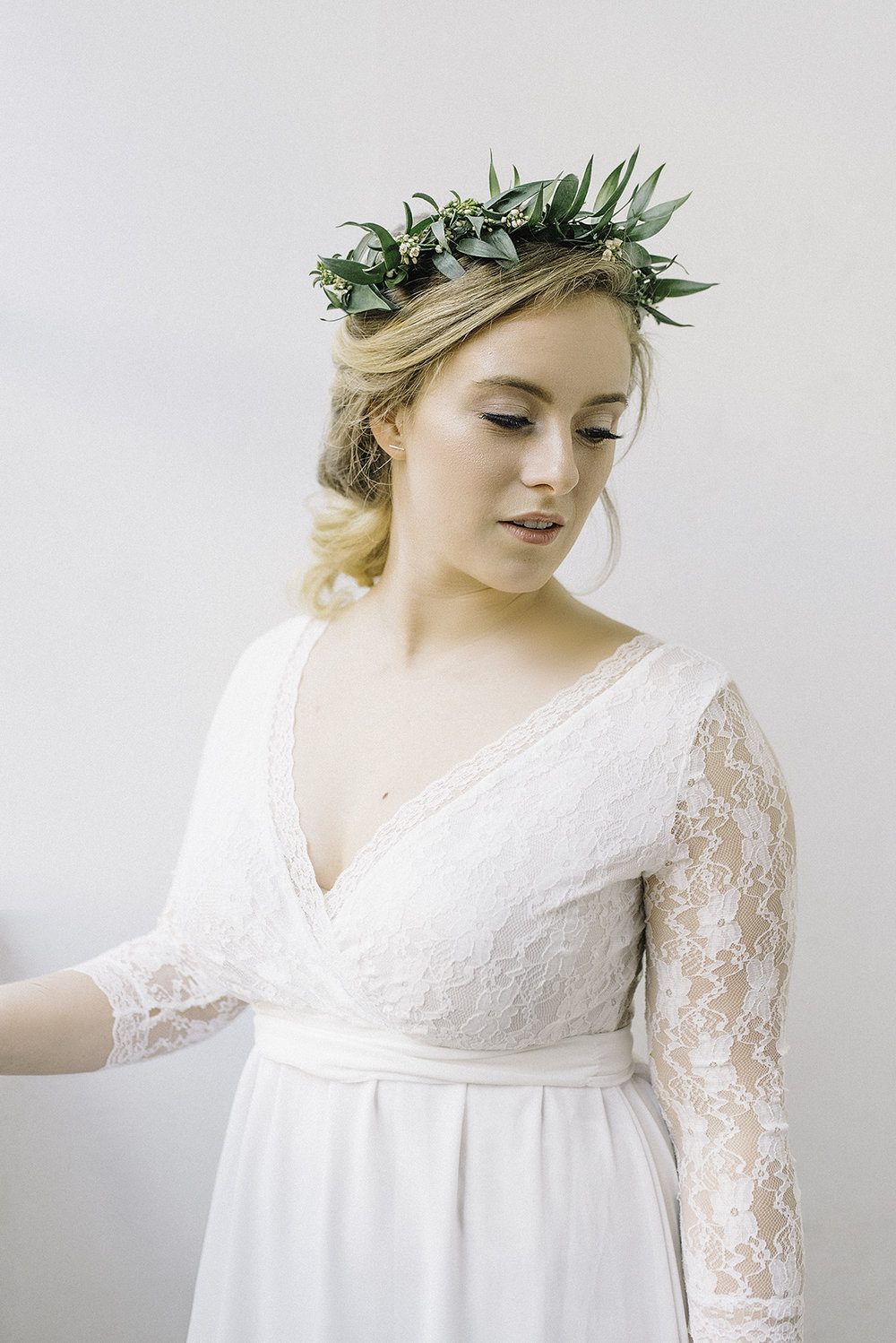 I really like the leafy crown, a new take on the popular flower crown for a more subtle approach.