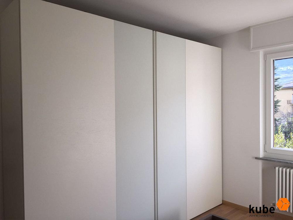 Armadio Complanare - Laccato Opaco + Vetro Bianco Opaco