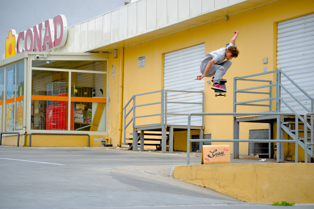 Skateboard Jump with Graw Jump Ramps