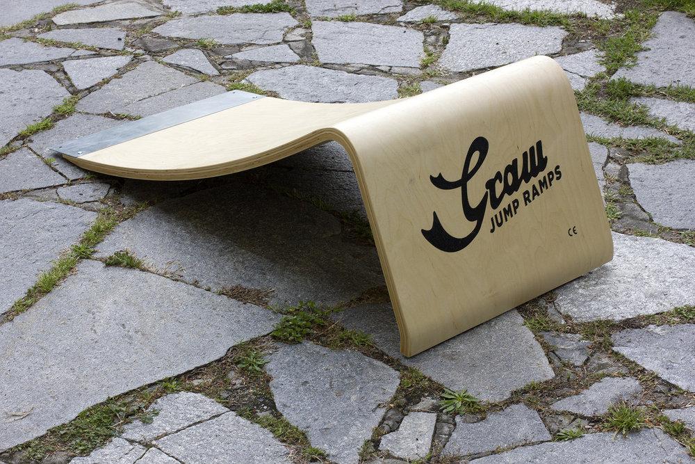 Graw Jump Ramp G35 Skateboard ramp (2).jpg