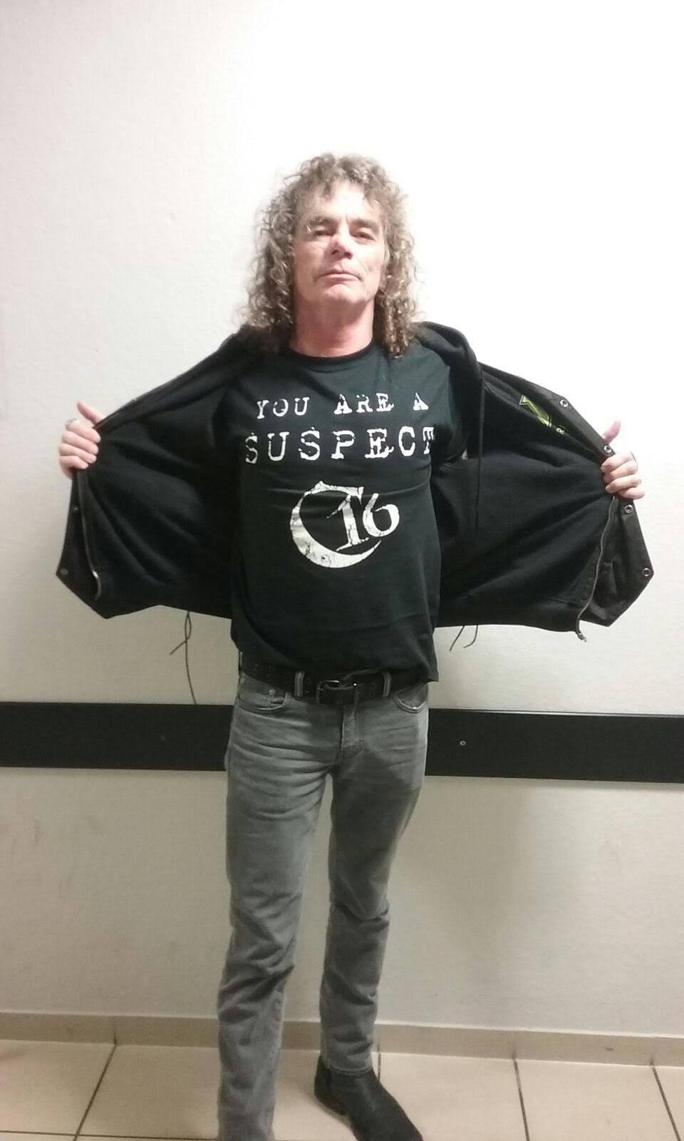 Bobby Blitz (Overkill)  Wearing the Suspect shirt
