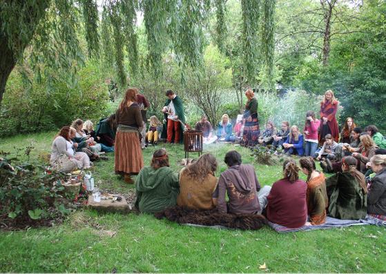 Live activiteiten - Waar je samenkomt met andere heksen