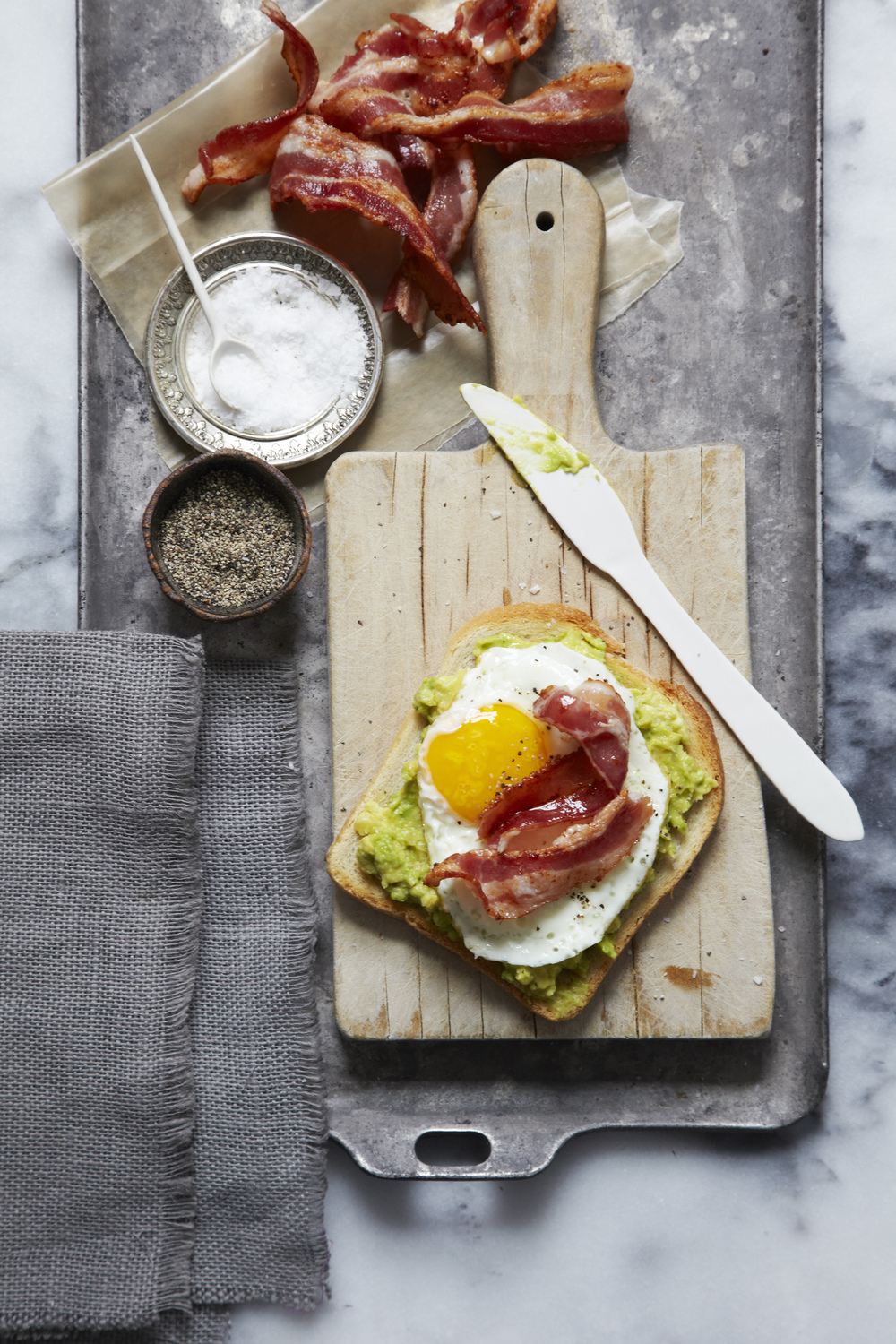 Avocado, Egg and Bacon is the stuff DREAM TEAMS are made of!