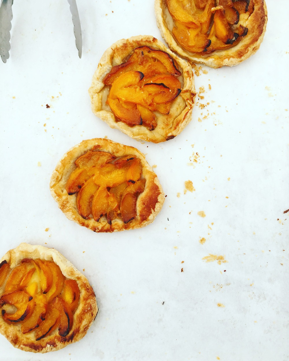 And the divine farmers markets for the sweet tooth we all try and ignore!! Peach pastries.