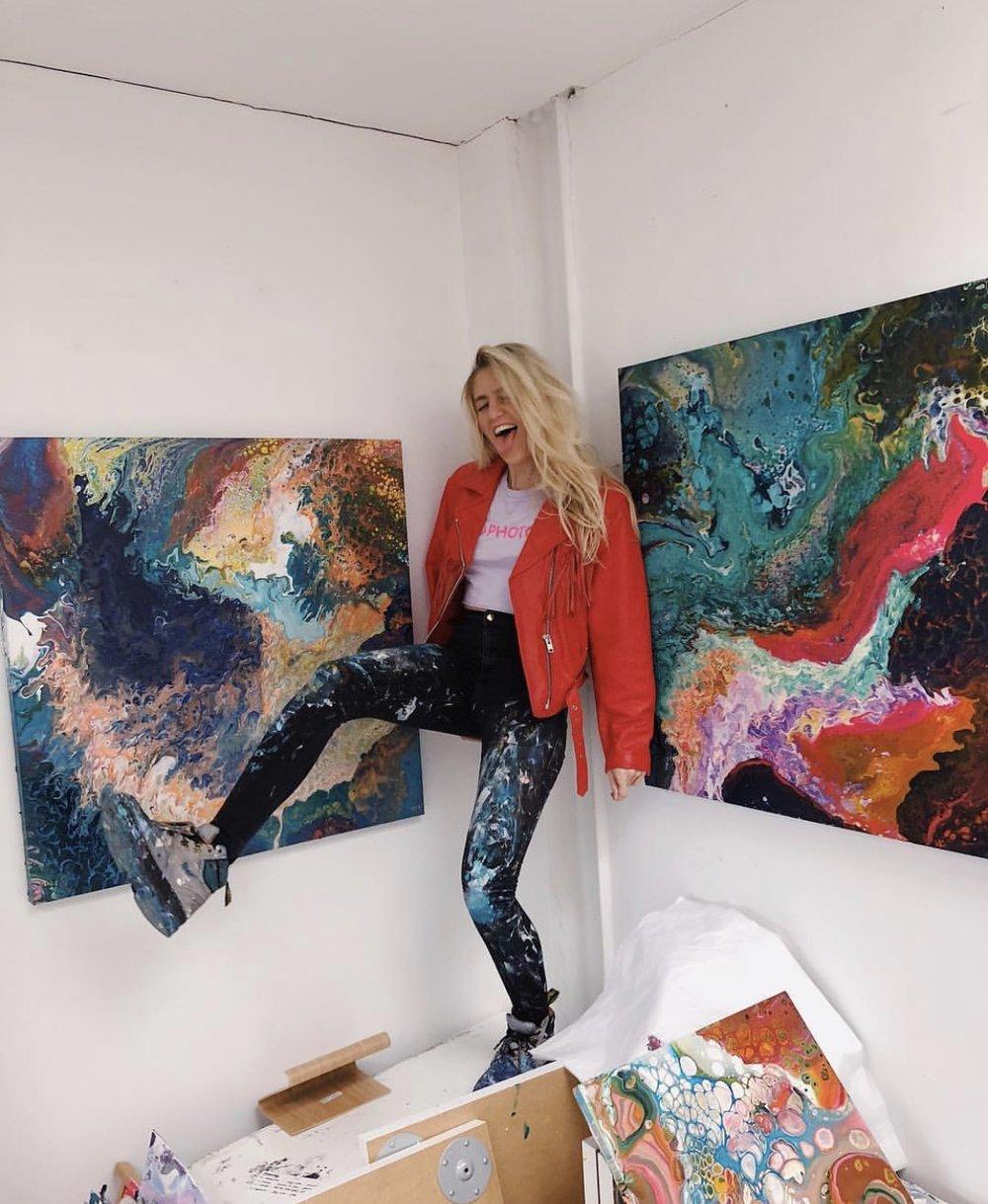 Sophie in Studio