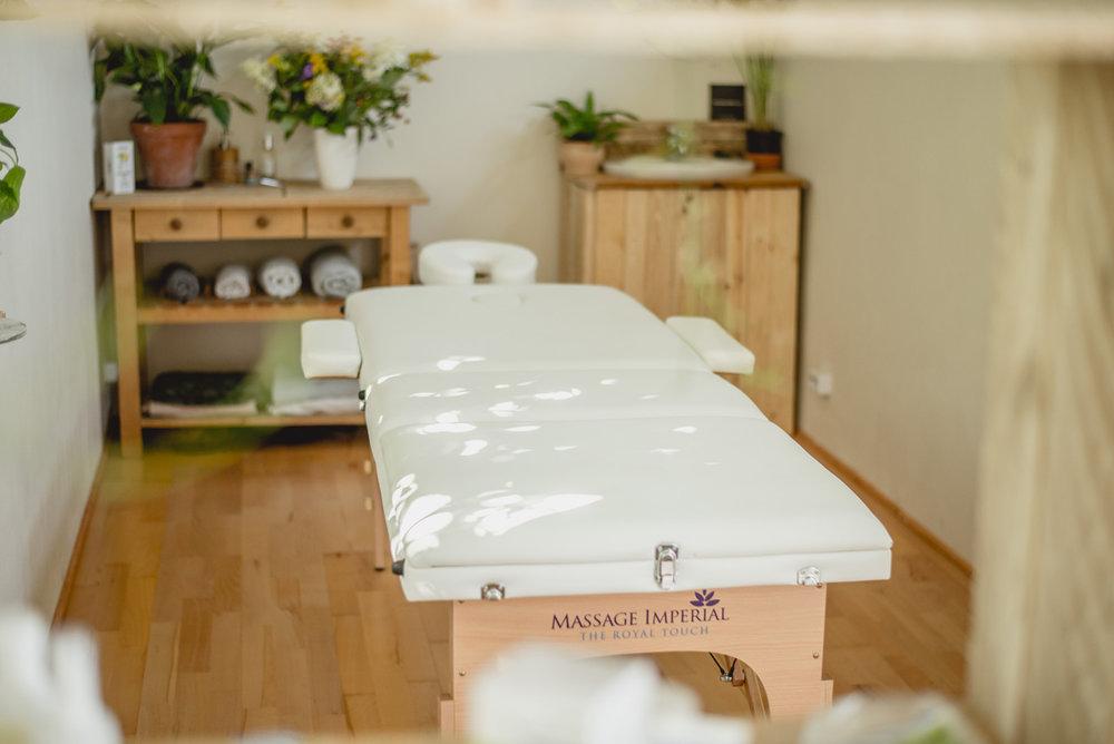 Massagebox_Linden_13-38239b444f5bd4eca2b503f579b369913e9c4ed1bb9a10390231bf07af9c8fd7.jpg