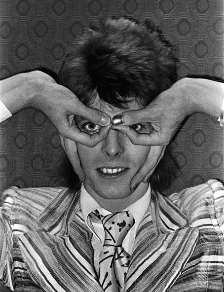 Not even Bowie can make this look cool... Okay, maybe he still looks a little cool.