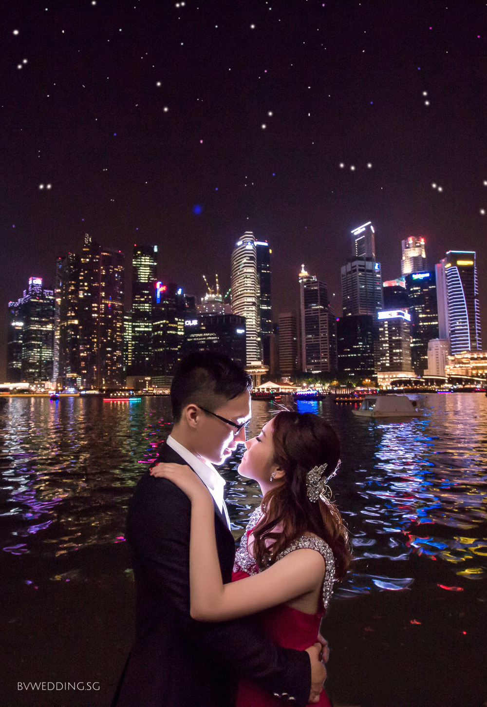 Pre-wedding photoshoot at Helix Bridge & LV Platform
