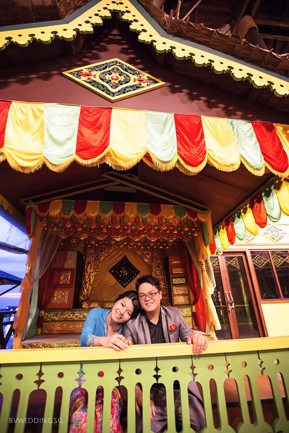 Pre-wedding photoshoot at Bintan Island Peranakan style
