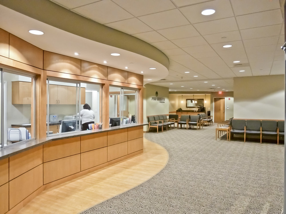 Pro-Sports-Orthopedics-Reception-HDS-Architecture.jpg