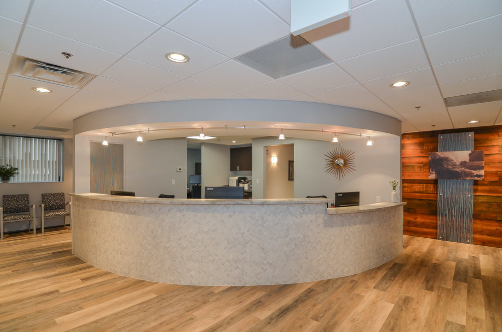 Newton-Wellesley-Primary-Care-Reception-2-HDS-Architecture.jpg