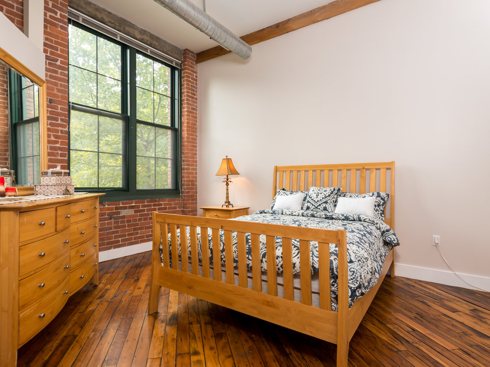 Allen-Street-Lofts-Bedroom-HDS-Architecture.jpg
