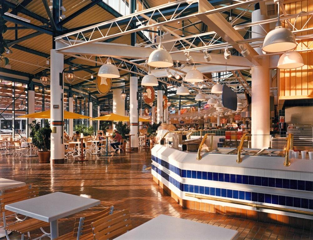 Jacksonville-Landing-Interior-HDS-Architecture.jpg