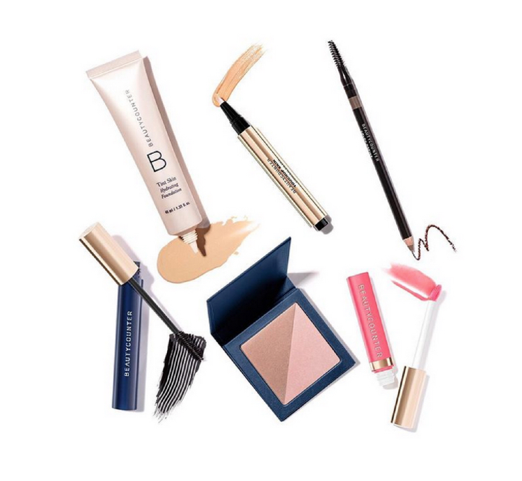 Flawless in Five… - In 5 minutes flat, you can create a flawless look, ideal for women on-the-go! Includes 6 safer & high-performing products, completely customized to you!