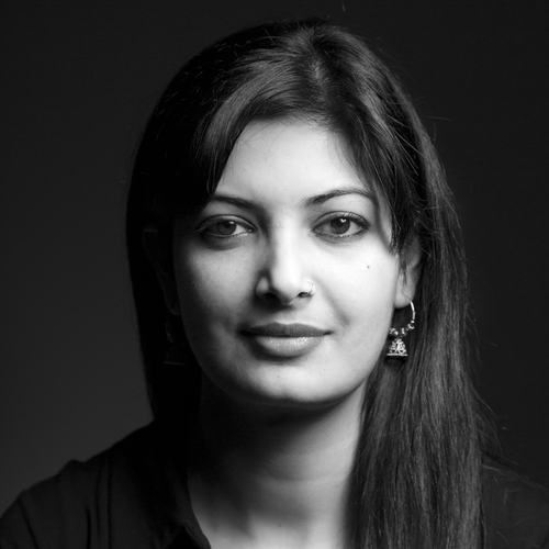SMITA SHARMA  is an independent photojournalist based between Delhi, Kolkata and New York focusing primarily on gender violence and human rights issues.  Read Full Bio here .  View her work here .  Mentorship Beat: Photography.