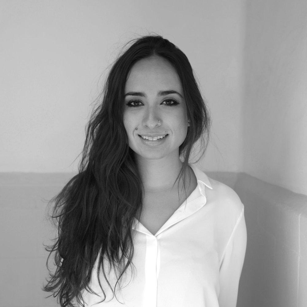 Gisela Pérez de Acha es periodista y abogada, especialista en libertad de expresión y género en internet. Edita la revista Horizontal y trabaja en la ONG Derechos Digitales: una organización que defiende los derechos humanos en el entorno digital.