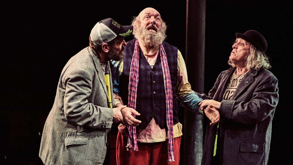 Colin Connor as Estragon, John Stahl as Pozzo and David Fielder as Vladimir
