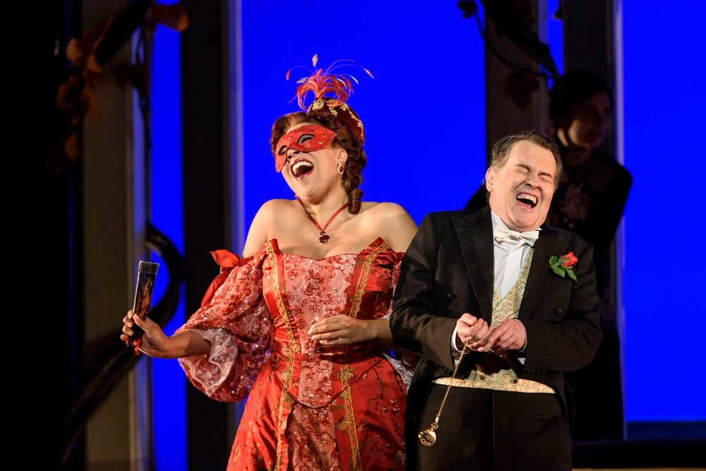 wno_die_fledermaus_-_mary_elizabeth_williams_rosalinde_mark_stone_eisenstein_photo_credit_bill_cooper_0683_0_preview.jpeg