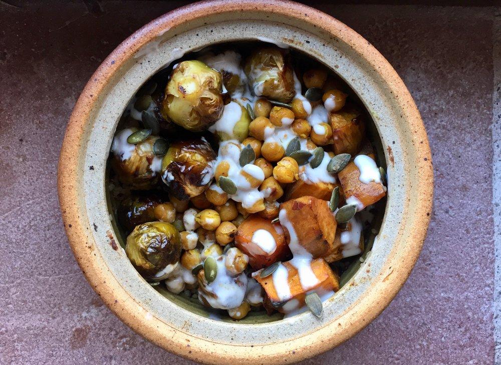 Vegan veggie bowls