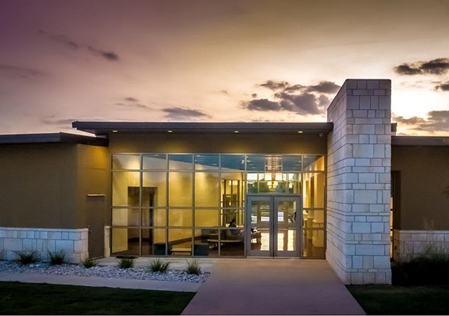 Take a peak at our latest project at Aliana! The Westwoode Club building serves the recreation needs of an expanding community. The building includes a large meeting room, workout room, smaller meeting rooms, and exterior play features. The horizontal emphasis of a low slope roof is punctuated by the vertical stone entry walls. ——————————————————————— #texasarchitecture #architecture #houstonarchitecture #design #designmatters #cbarch