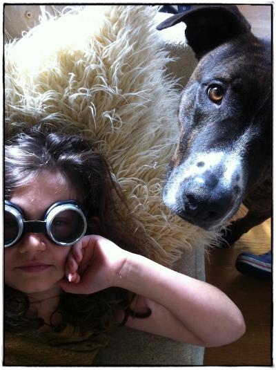 hugo & earl-goggles_fx1-small.jpg