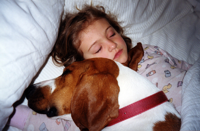 isabelle asleep with maxine-malou_adj01-small.jpg