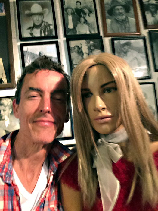 me and creepy mannequin-route 66_adjo1-small.jpg