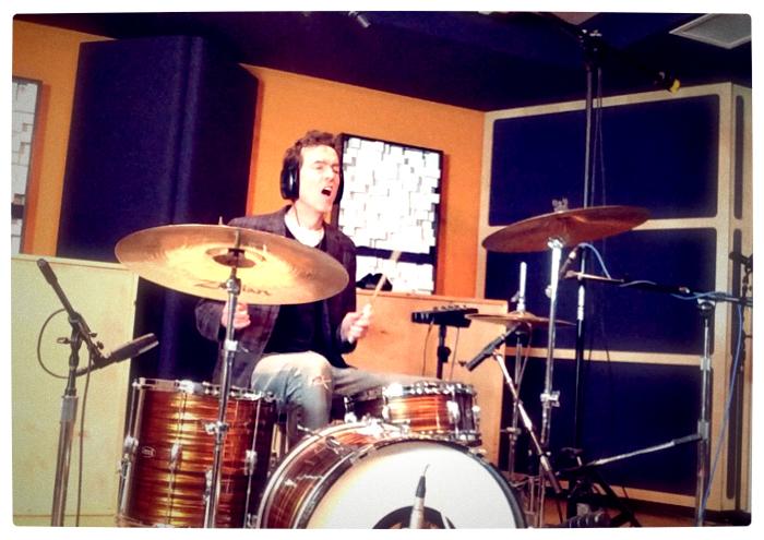 me-drumming-megasonic studio 01_adj01.jpg