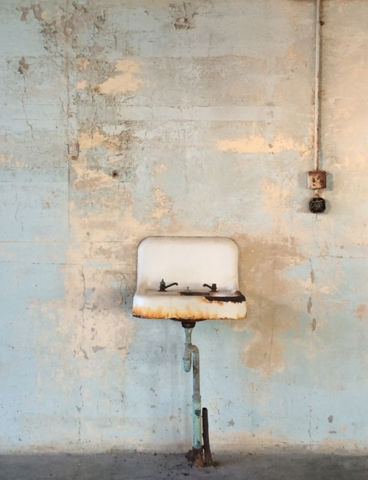 Alcatraz-sink-wall-pipes.jpg