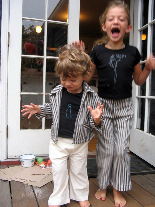 isabelle & hugo-7th street-deck-matching outfits_adj01-sm.jpg