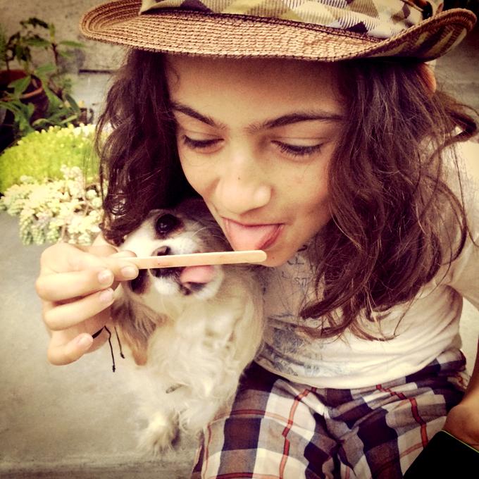 Hugo-Lilly-licking popsicle stick_adj01-sm.jpg