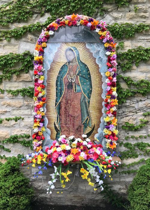 Chicago-Pilsen-Church-Mural with flowers_adj01-sm.jpg