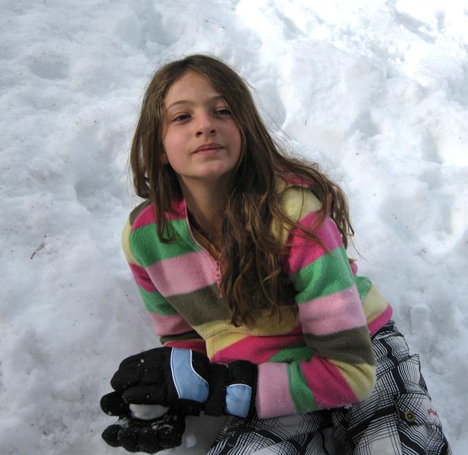 Isabelle-snow-2009 B_adj01-sm.jpg