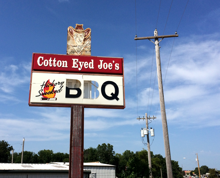 Route 66-Cotton Eyed Joe BBQ_adj01-sm.jpg