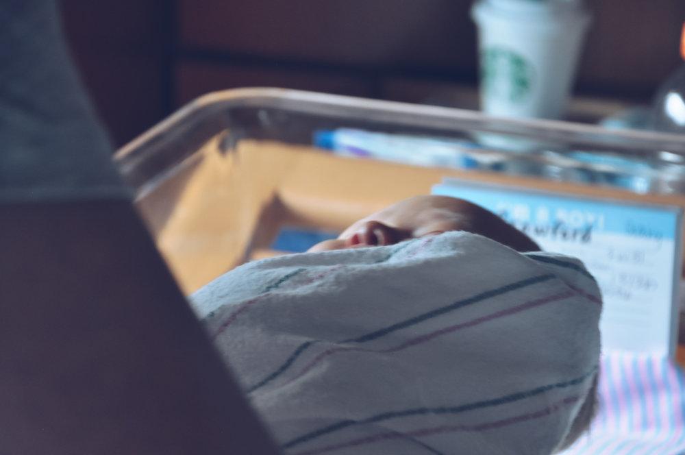 7-22-18 - Baby Gary Hospital Shoot00031.jpg