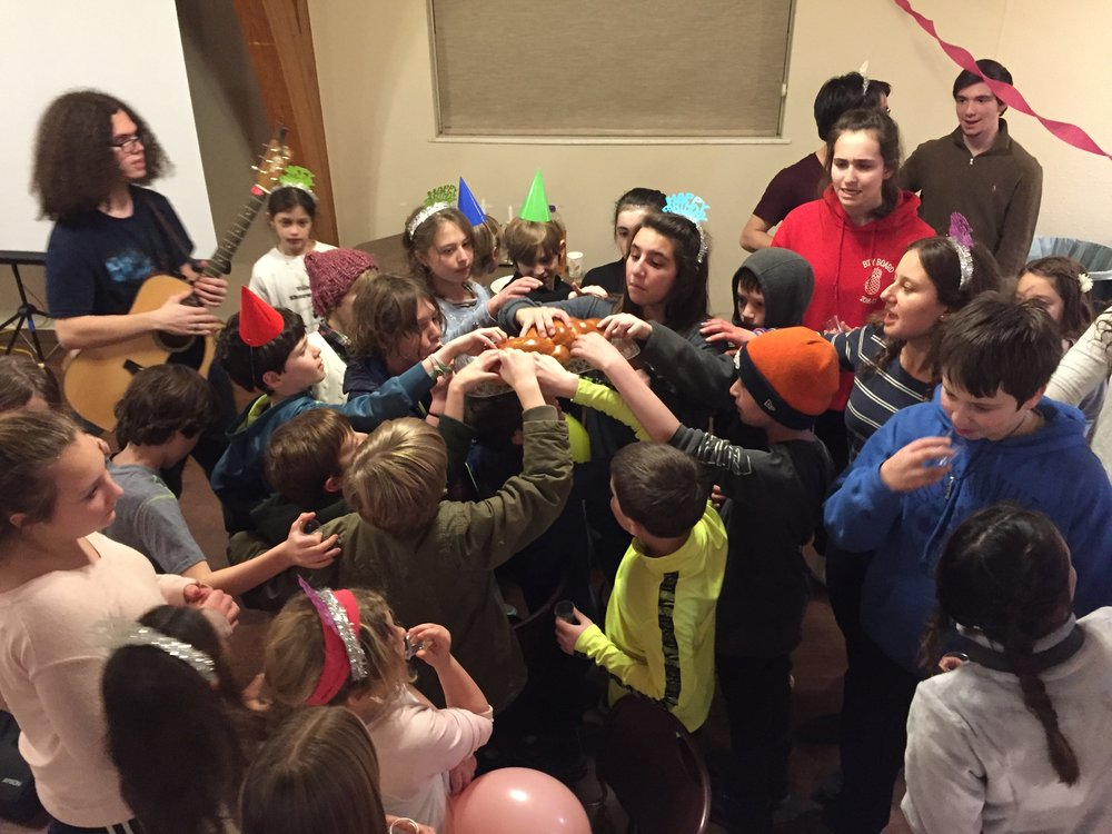 youthShabbat_Jan2017.jpg