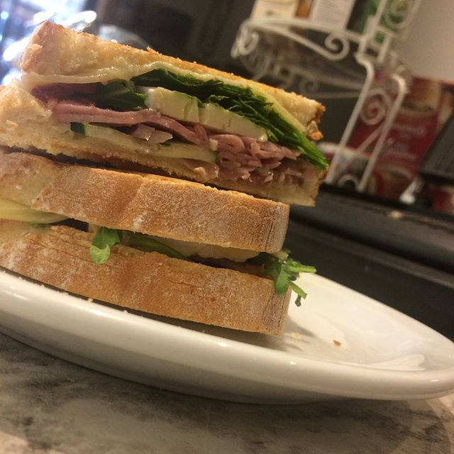 Fresh sandwiches made to order ! Choose from our menu or build your own. 🥪 #dutchdeliciousbakery #sandwichlove #sandwichart #yegeats #yegsandwiches