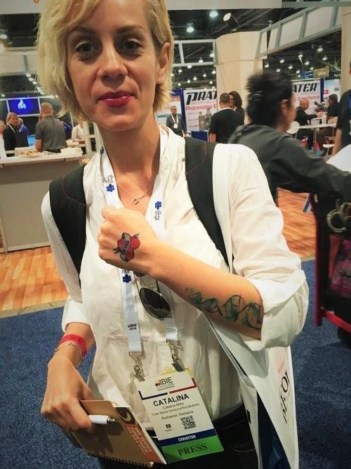 Los participantes de IBIE disfrutaron mostrar su apoyo hacia el pan a través de los tatuajes aplicados en nuestro stand.