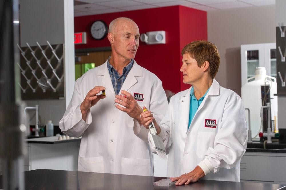 Los científicos de AIB pueden proporcionar todos los recursos para convertir sus preguntas en respuestas.