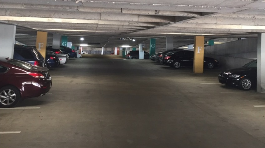 HINES ATLANTA FINANCIAL CENTER UPGRADED THEIR PARKING GARAGE TO LED LIGHT TECHNOLOGY'S PLUG AND PLAY PLUS BULB.