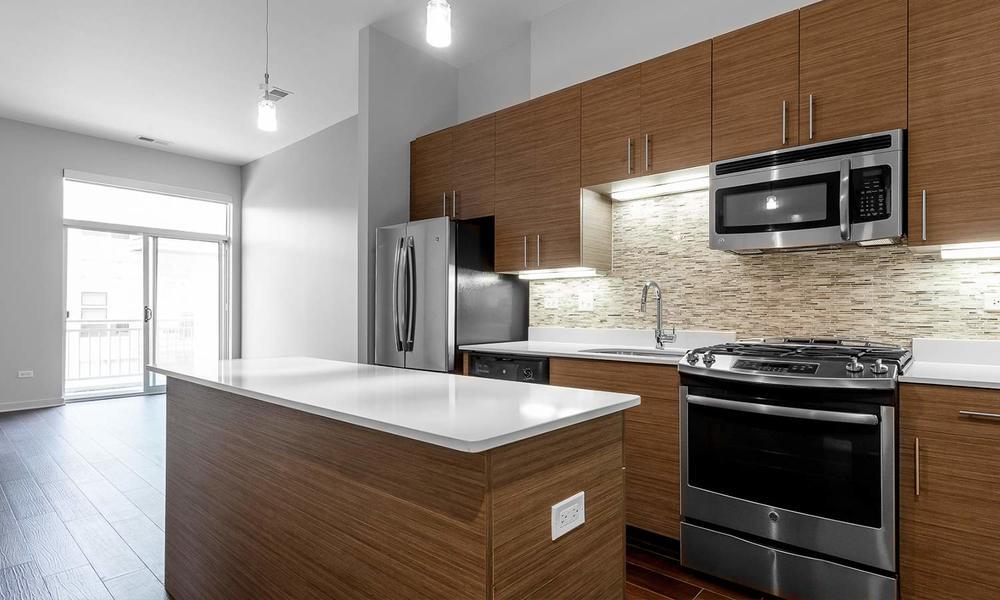 LUXE-1500x900-Kitchen-02.jpg