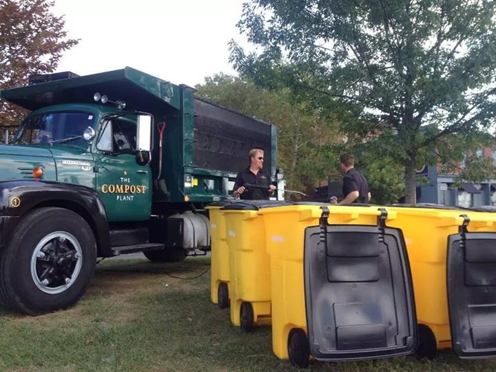 Collecting Food Scraps from a commercial establishment