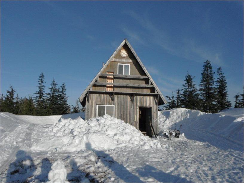 Cabin Snowshoeing.jpg