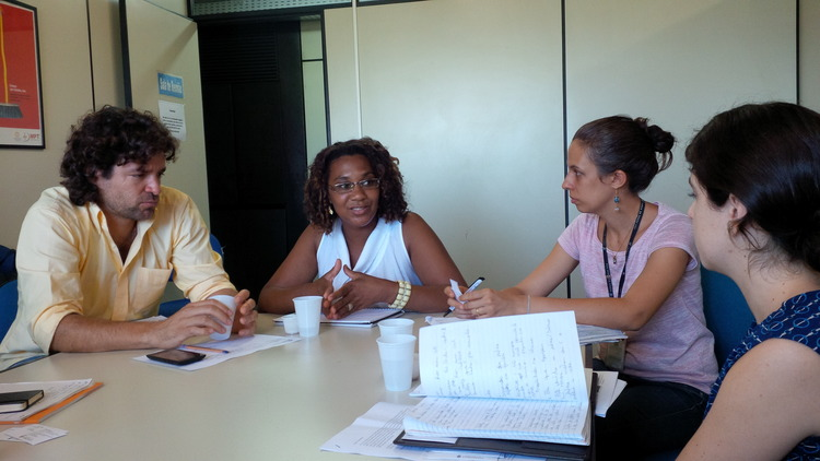 Our team speaks with experts from the State of Bahia about the Bolsa Familia program, state training initiatives, and support to municipal managers (Photo Credit: A Sim).