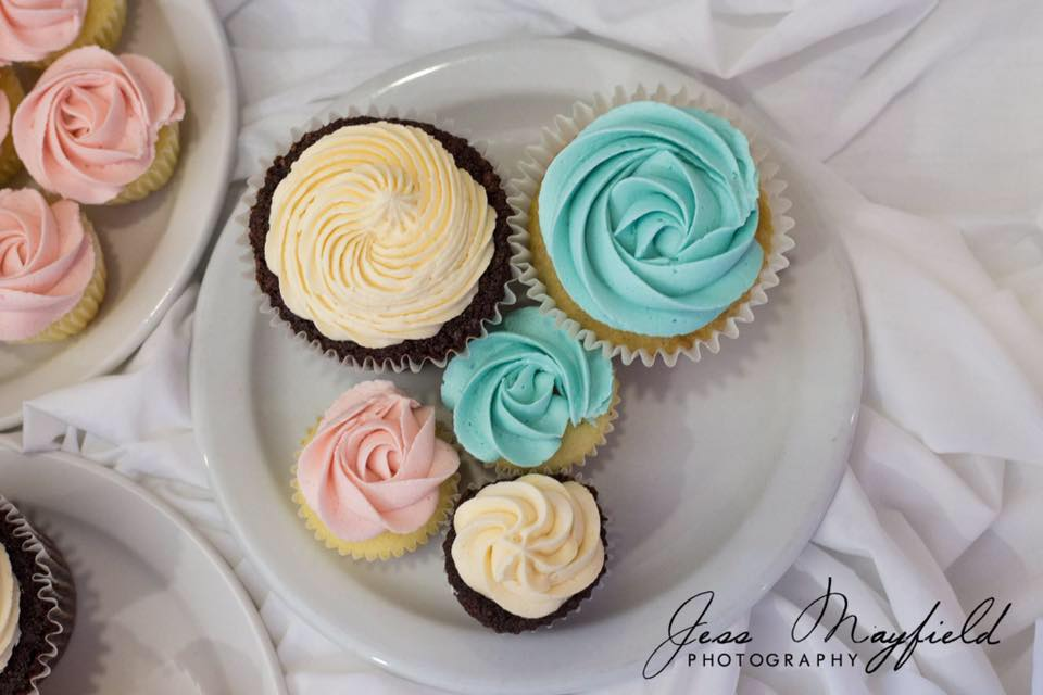 Cupcakes:  These delightful cupcakes were made locally by  Cakes by Jessika . She is a cupcake vendor in Edmonton who runs the Midnight Bakery!