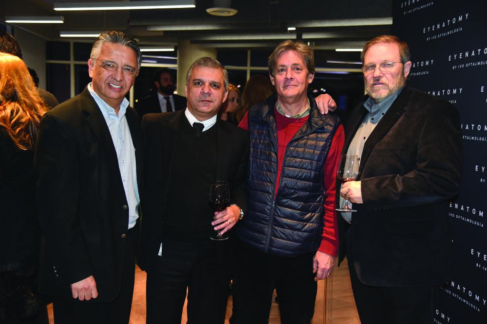 Enrique Villarreal,  Eduardo Mart°nez, Alberto L¢pez y Enrique Iglesias.JPG